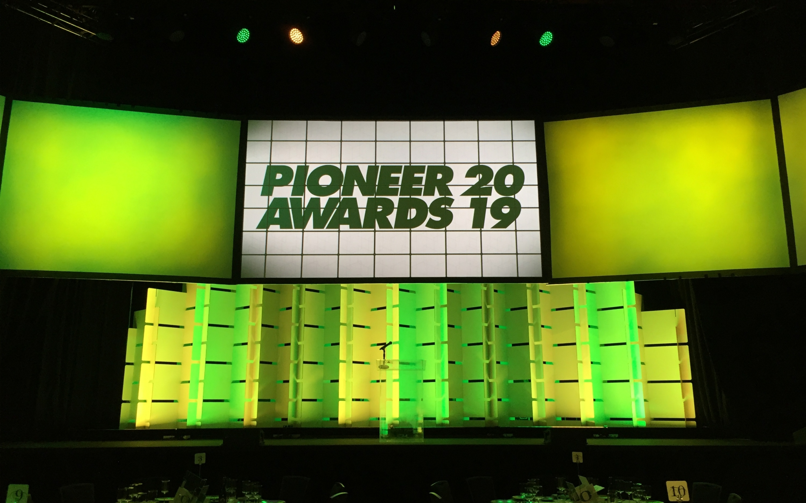 UofO Pioneer Awards Stage Backdrop